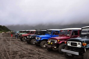 Sewa Jeep Bromo dari Cemoro Lawang